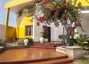 Отель Hostal Miramar
