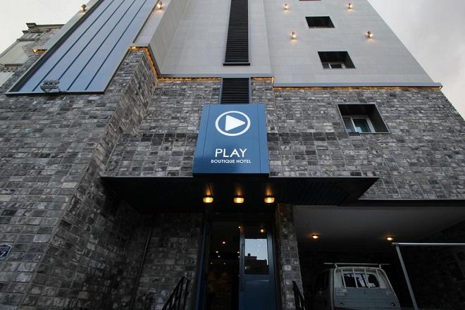 Hotel Play