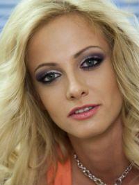 Polina Maximová bez makeupu 2