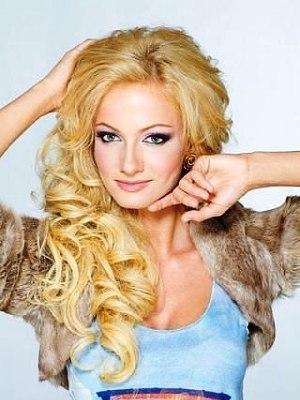 Polina Maximová bez makeupu 3