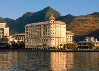 Отель Labourdonnais Waterfront Hotel