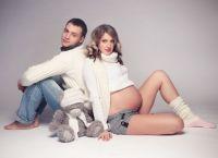 Pozowanie do sesji zdjęciowej w ciąży 9