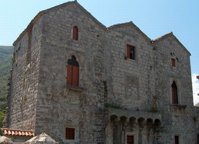 Дворец Tre Sorelle