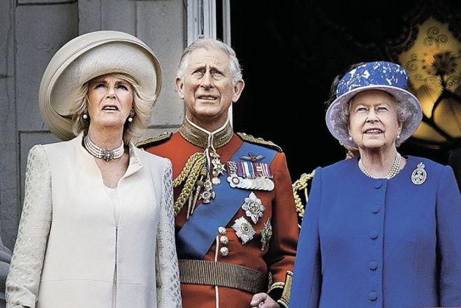 Отец принца Уильяма не теряет надежды стать королем