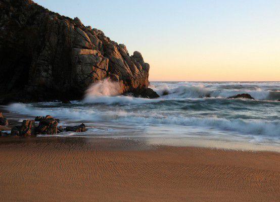 Пляж Playa Luna