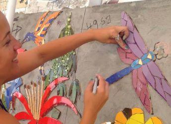 Город знаменит работами художников-мозачаистов