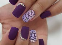 fioletowy manicure 2