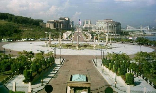 Площадь Датаран Путра