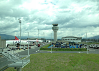 Аэропорт Кито, взлётное поле