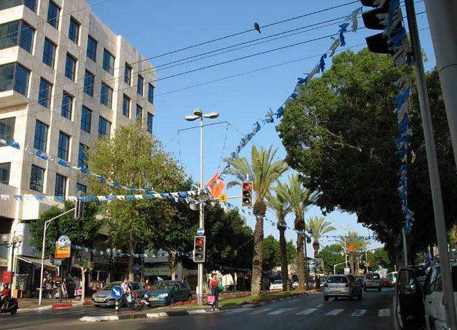 Раанана - небольшой уютный город