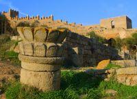 Крепость Шелла с некрополем