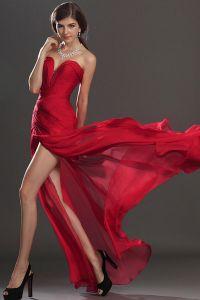 Czerwona suknia wieczorowa 2