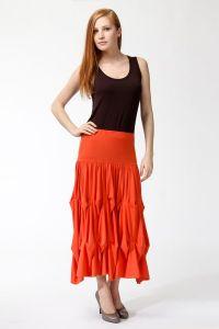 Czerwona długa spódnica 2