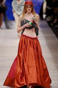 Czerwona długa spódnica 6