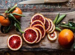 czerwony pomarańczowy