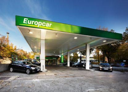 Международная компания по прокату авто Europcar