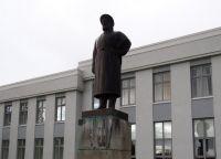 Скульптура Снорри Стурлусона в Рейкхольте