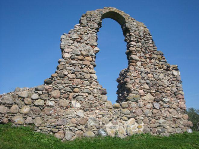 Развалины замка Розиттен