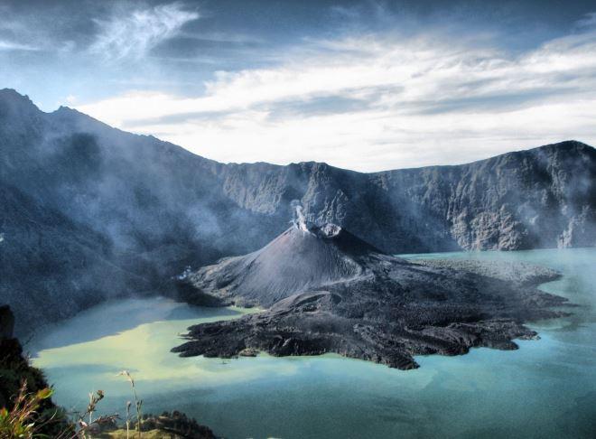 Утро на вулкане