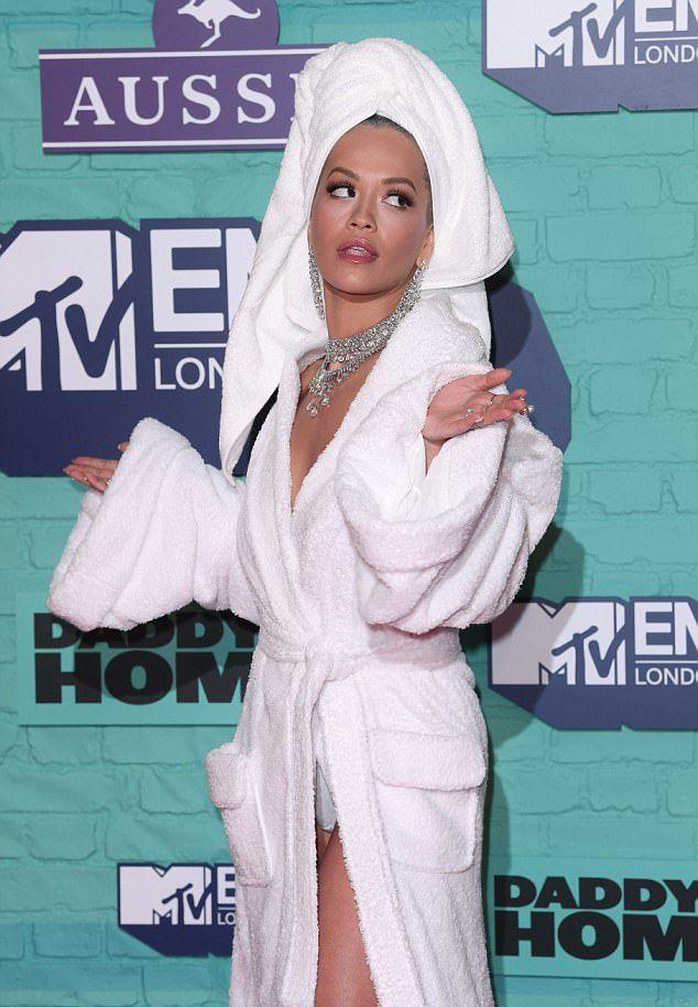 Рита Ора на премии MTV EMA