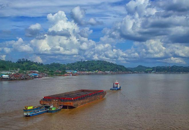Река Барито, Индонезия