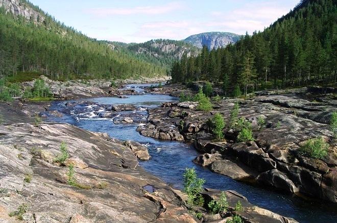 Горная река Отра
