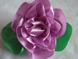 róże z satynowych wstążek18
