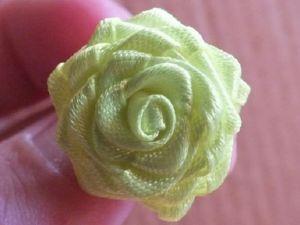 róże z satynowej wstążki22