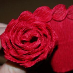 Róże z papieru falistego11