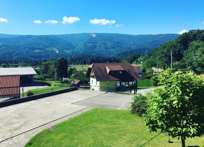 Комплекс Tourist Farm Pri Ratu