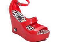 gumowe sandały5
