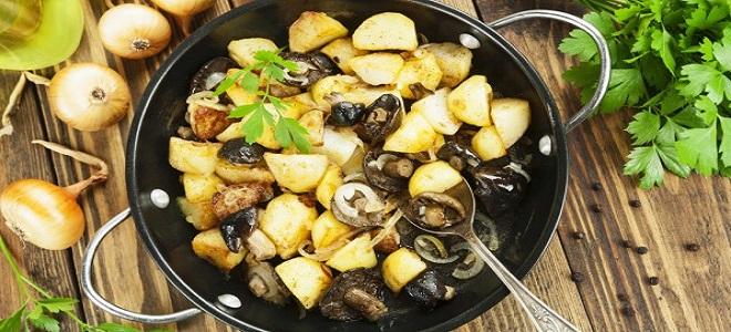 Земља кромпир са печуркама