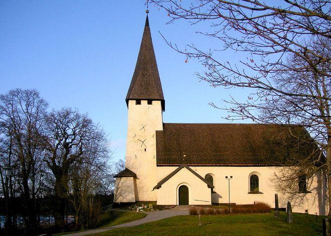 Салемская церковь (Salems kyrka) в Седертелье