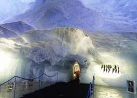Ледяной грот в Саас-Фе