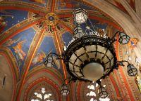 Расписной купол внутри собора