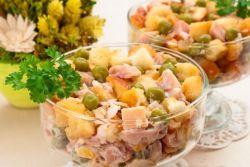dimljena salata s receptom od pušenog kobasice