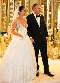 Сальма и Франсуа-Анри состоят в браке с 2009 года