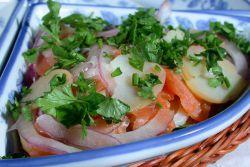 Salata od lososa s krumpirom
