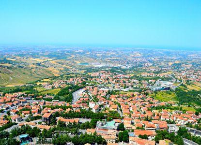Вид на Сан-Марино сверху