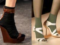 сандале са чарапама2