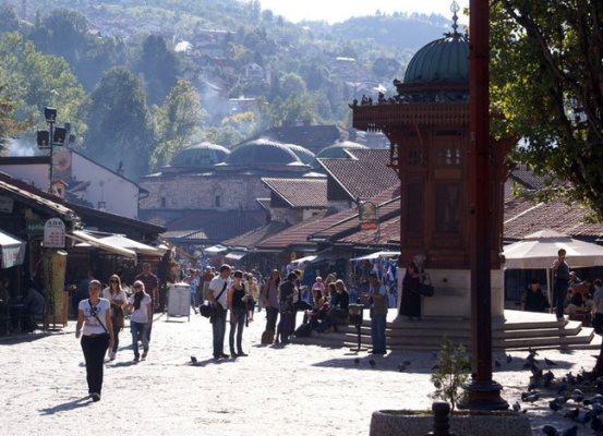 Деревяный фонтан в Сараево