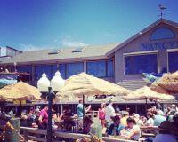 Рыбных ресторан Nancy's на острове Мартас-Винъярд в штате Массачусетс
