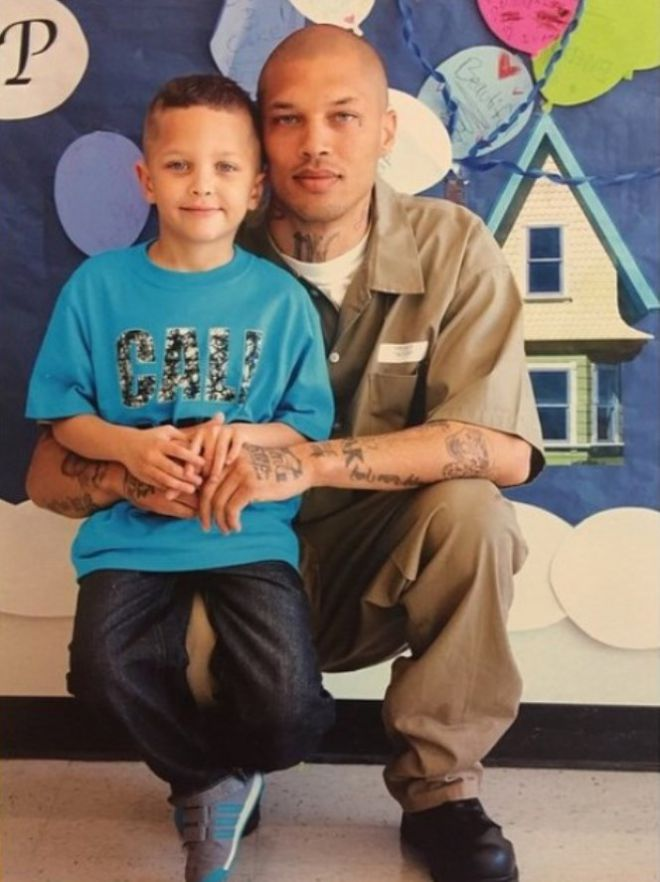Микс с сыном Джереми-младшим