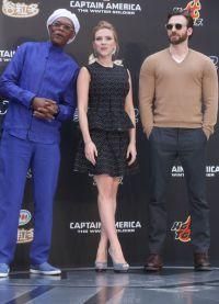 Скарлетт Йоханссон, Крис Эванс и Самюэл Л.Джексон на премьере в Пекине