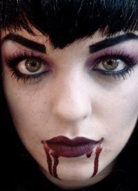 straszny makijaż na halloween6