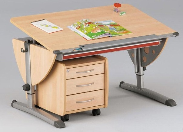 školski stol za studente 1