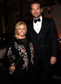 Брэдли Купер со своей мамой Глорией
