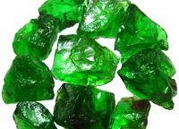 Zeleni poldragi kamni 16