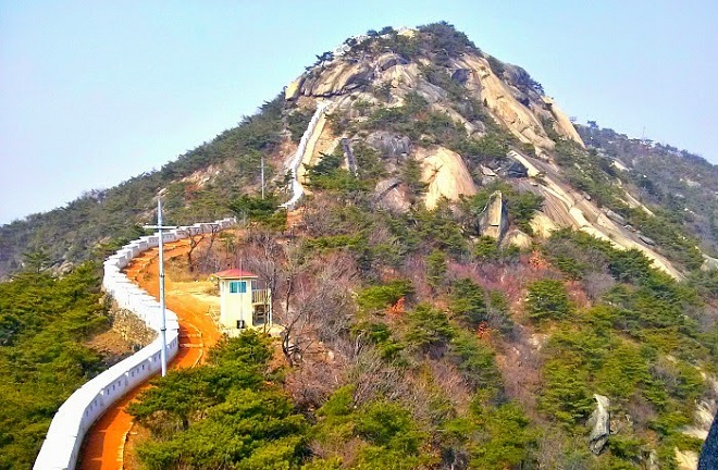 Гора Инванг
