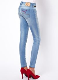 Frayed jeans 6